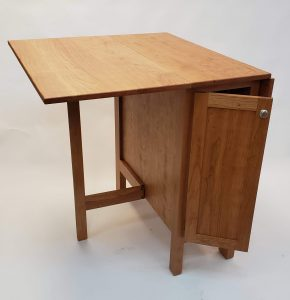 kollin orthober-wood-drop leaf table