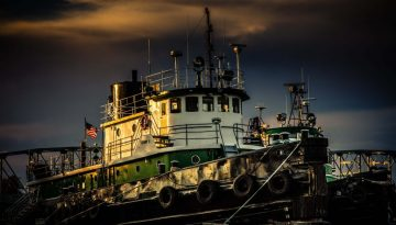 """Mike Caplan """"Selvick Tug"""" Photography 16x24"""